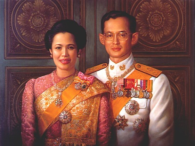 His-Majesty-King-Bhumibol-Adulyadej-and-Her-Majesty-Queen-Sirikit-102714