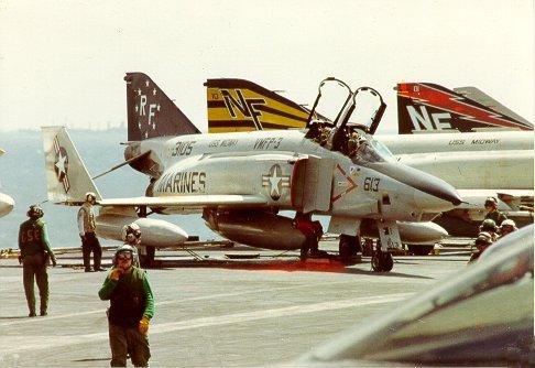 RF-4B_VMFP-3_on_USS_Midway_1980-101614