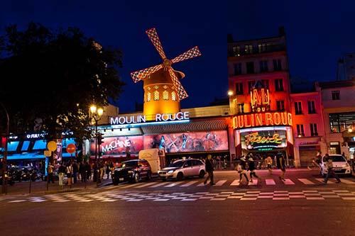 moulin-rouge-by-night-par-112014