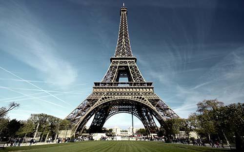 paris-eiffel-tower-112014
