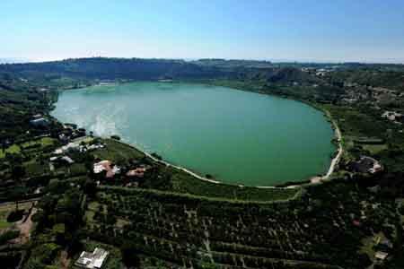 Lago di Averno-122114