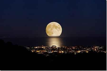 moon-122114