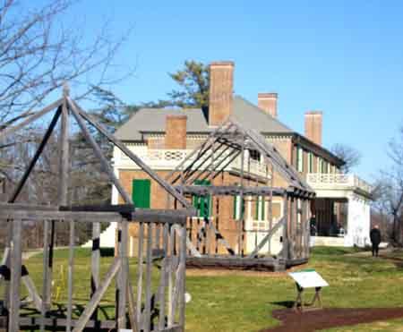 quarters-mansion-121514