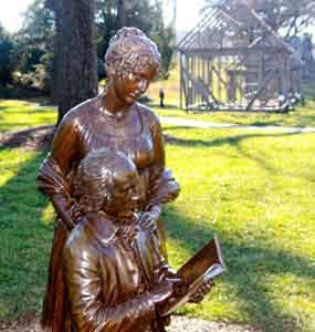 statue-121514