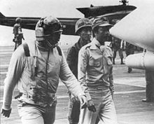 Marshal_Ky_arrives_on_the_USS_Midway-043015