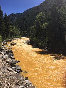 Animas_River_spill_2015-08-06-082315